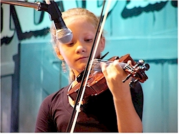 Photos of the Canadian Open Old Time Fiddle Championship
